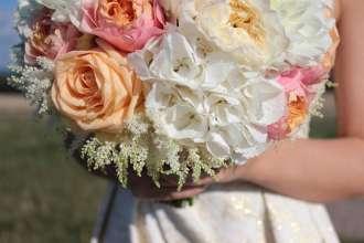 Kwiaty i wiązanki na ślub Milanówek